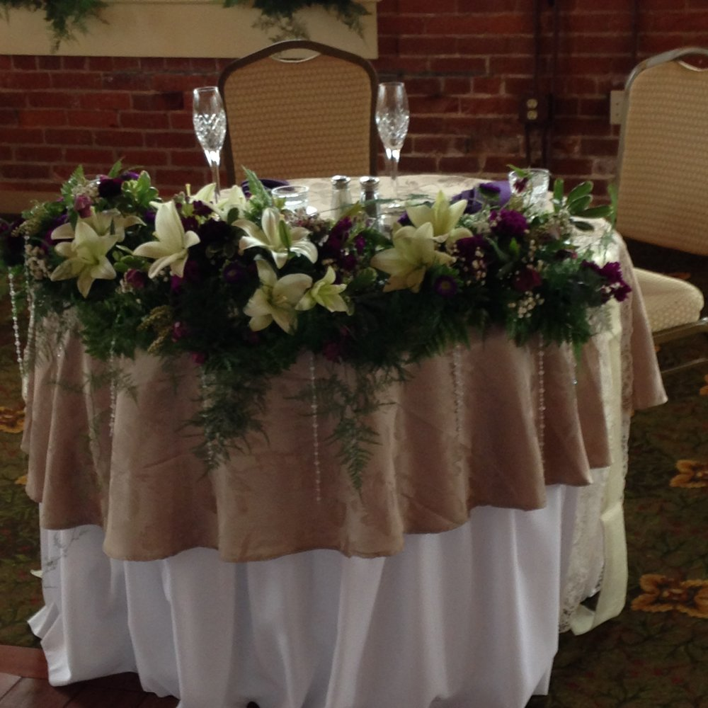 sweetheart table common man claremont.jpg