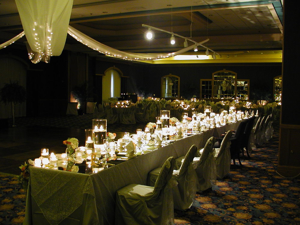Mirrored head table glowing.JPG