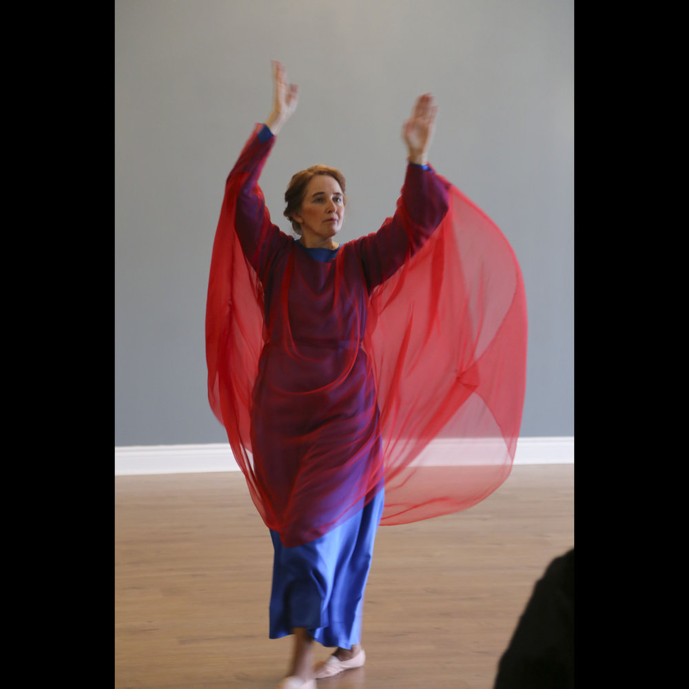Eurythmy Easter 2018-7437.jpg