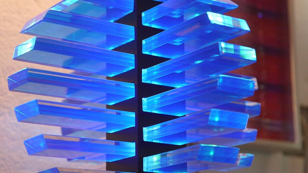 sidney hutter: Cool as glass - For nearly four decades, Hutter's cold glass sculpture techniques have pushed the boundaries of the medium.Season 2, Episode 8