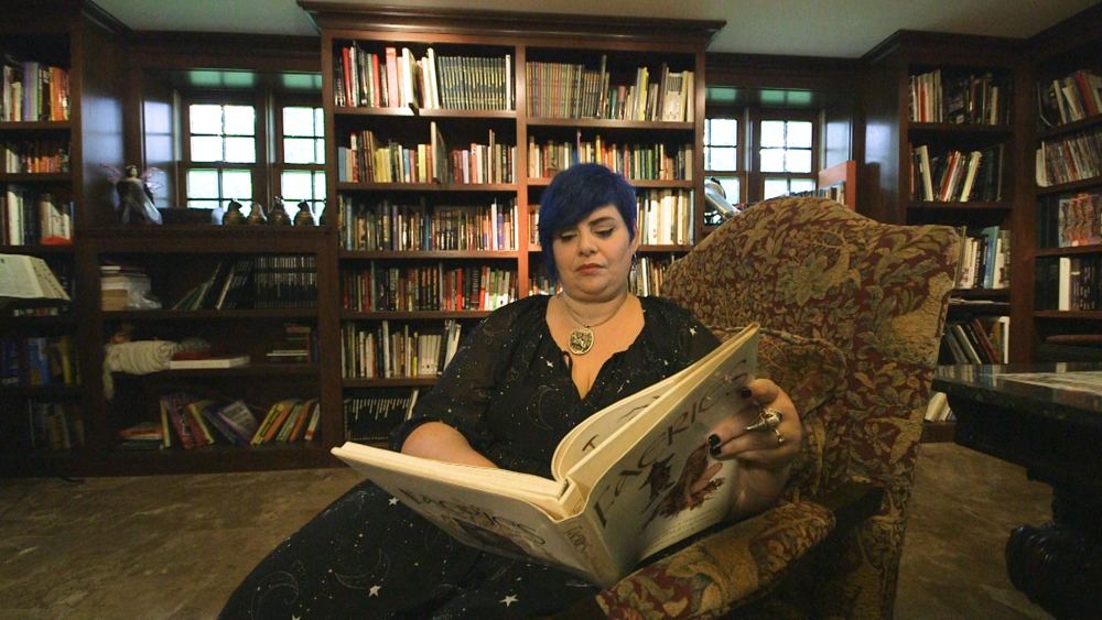 Holly Black: Architect of Magical Worlds - Readers never want to leave Holly Black's fantastic, enchanted realms.Season 4, Episode 7