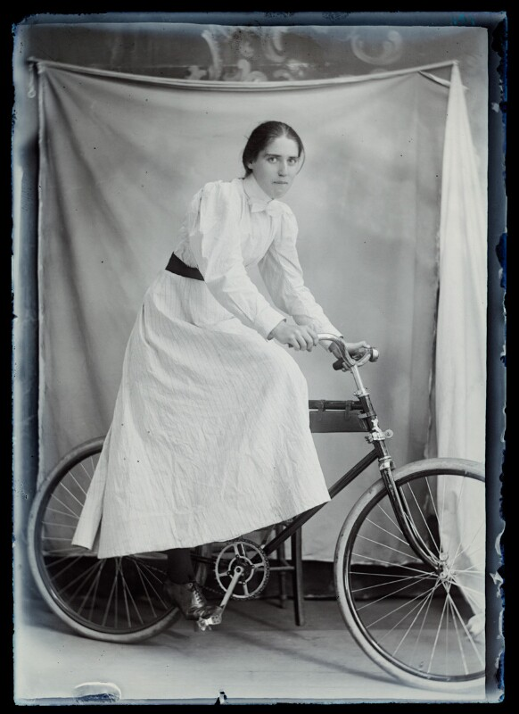 she brought her bike into the studio, must have been really important to her. her freedom? her means of making a living? does that slip of hair always fall out, mindless to her but annoying her sister, who watches her push it behind her ear 50 times a day?