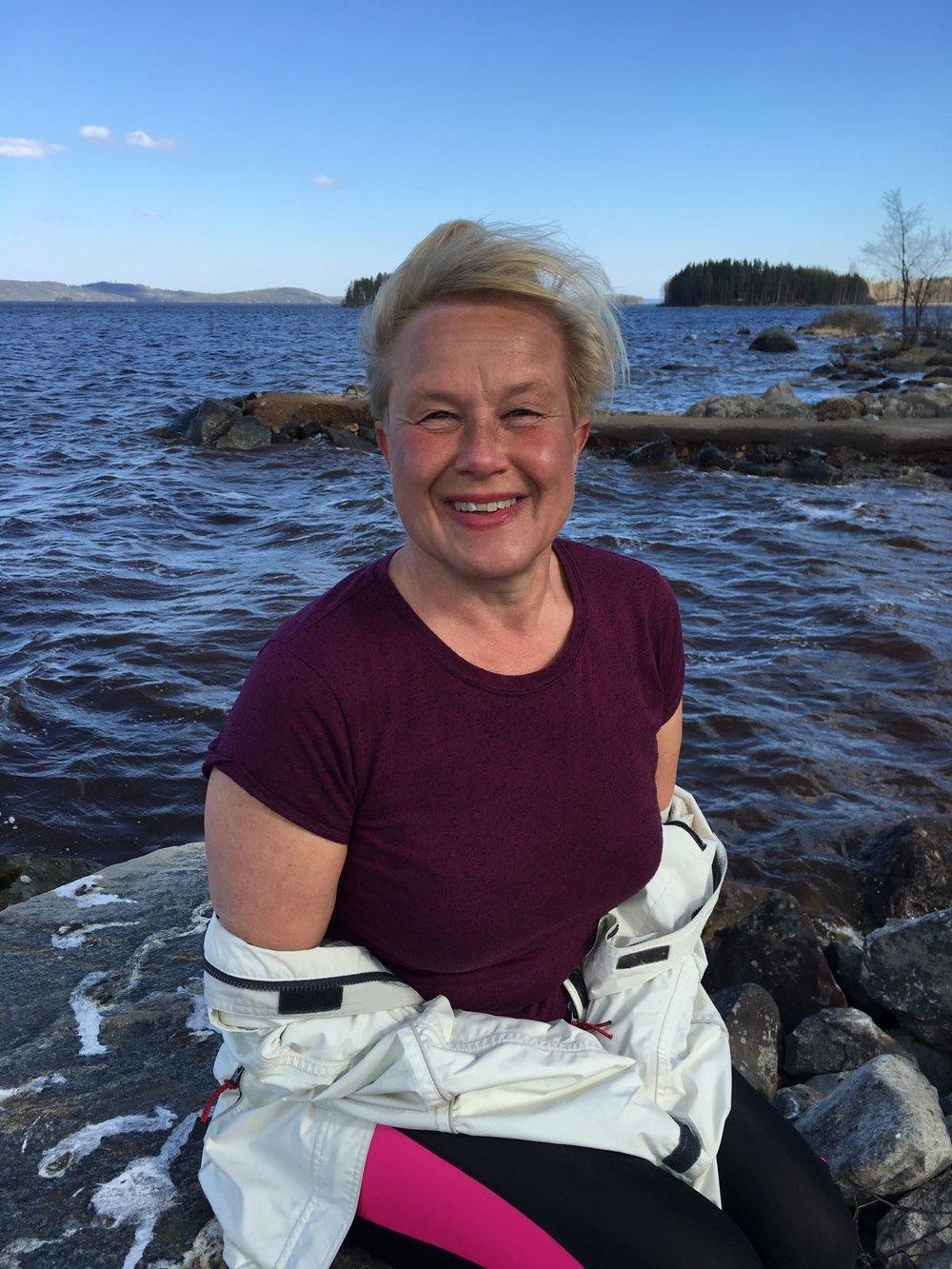 Meditaatio- ja joogaopettaja Raija Laaksonen