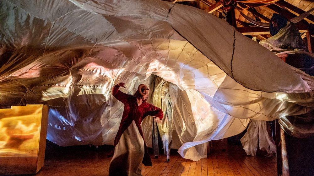 PC: David Weiland  Photo taken from a performance of  Leonora & Alejandro: La Maga y el Maestro