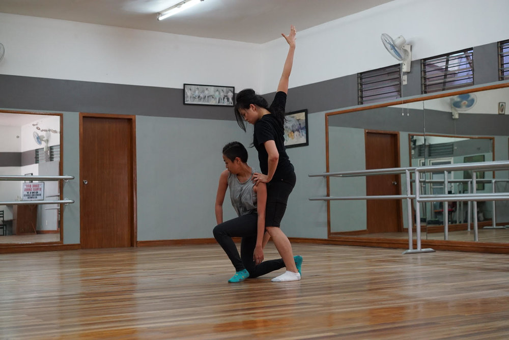 "Dancers   Jomelle ""Pipay"" Era, Anna ""Montsie"" Guerrero in rehearsal"