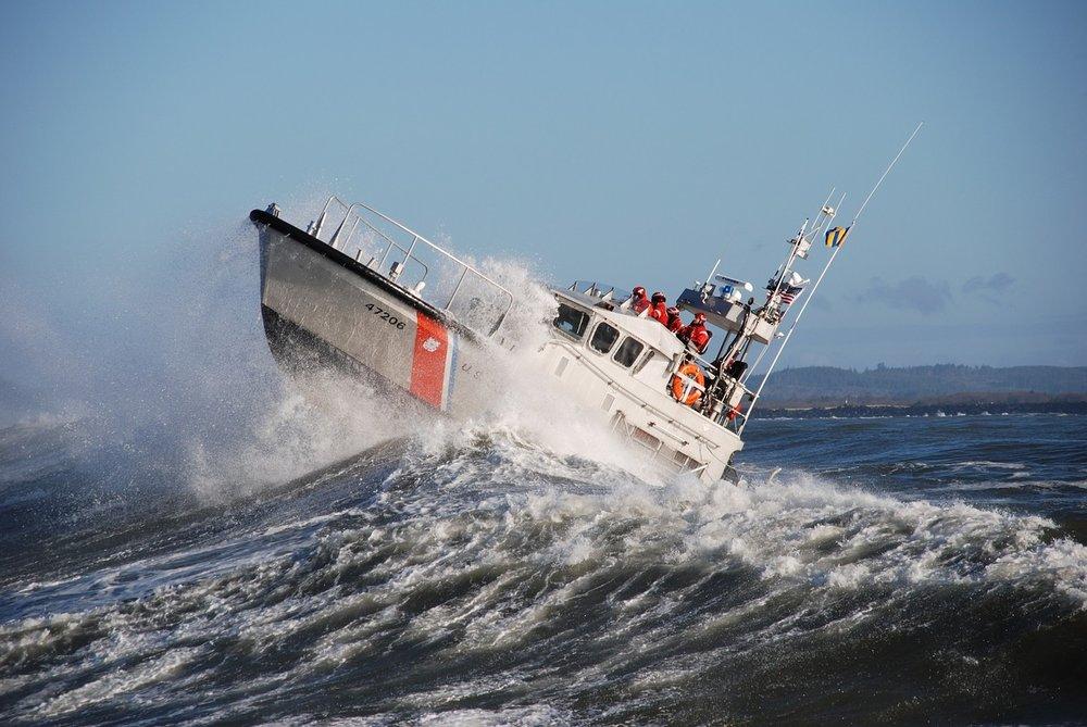 motor-lifeboat-2037942_1280.jpg