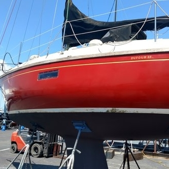 Buff & Wax - Courtesy of Svendsen's Bay Marine paint department,