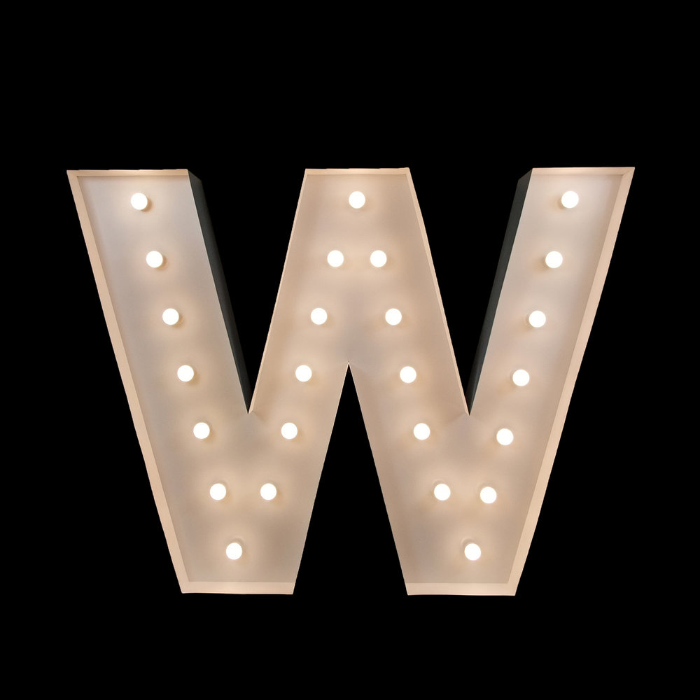 "Hire giant ""w"" letter for your event"