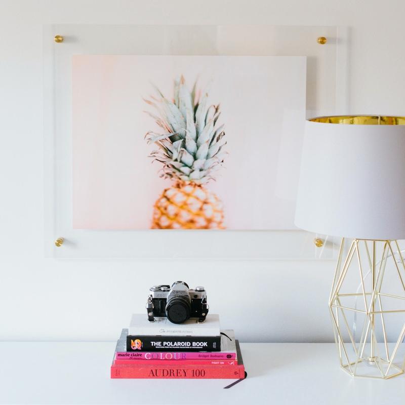 Acrylic float frame_Anna Reynal Photography.jpg