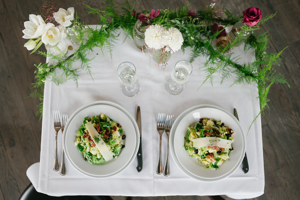 Food: Cowfish Restaurant       Florals:  Roses and Rice     Photographer:  Crystal Stewart Photo