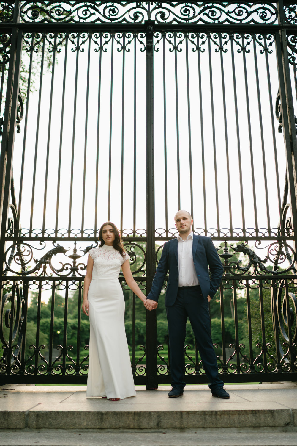 if you ever wondered with eloping in NYC would look like, well its gorgeous.
