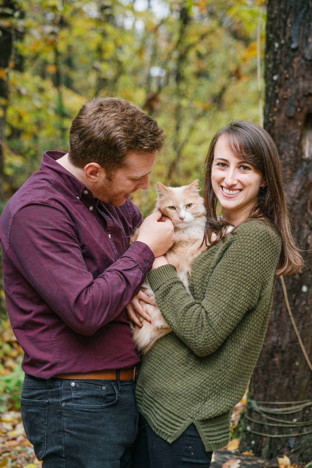 engagement photo with cat