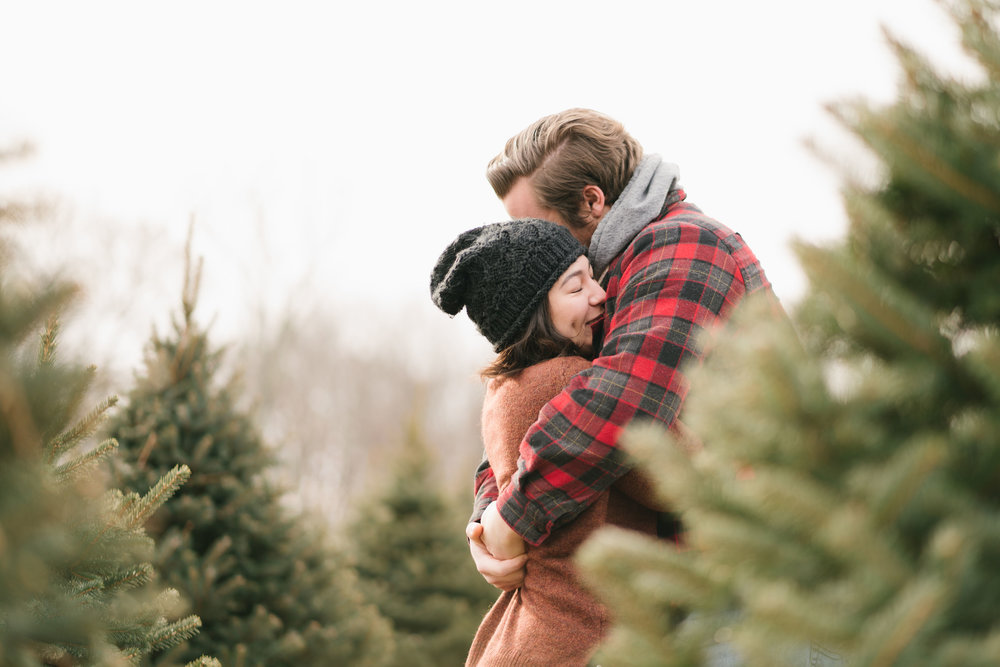 Christmas tree farm engagement session | maple row tree farm