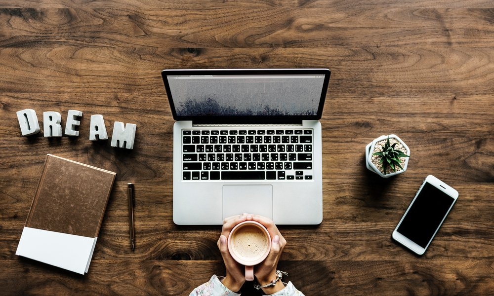 HOW CAN I GET STARTED AS A BLOGGER