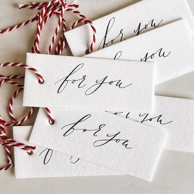 ready to start wrapping presents with these calligraphy gift tags 🎄✨ #designxchloe