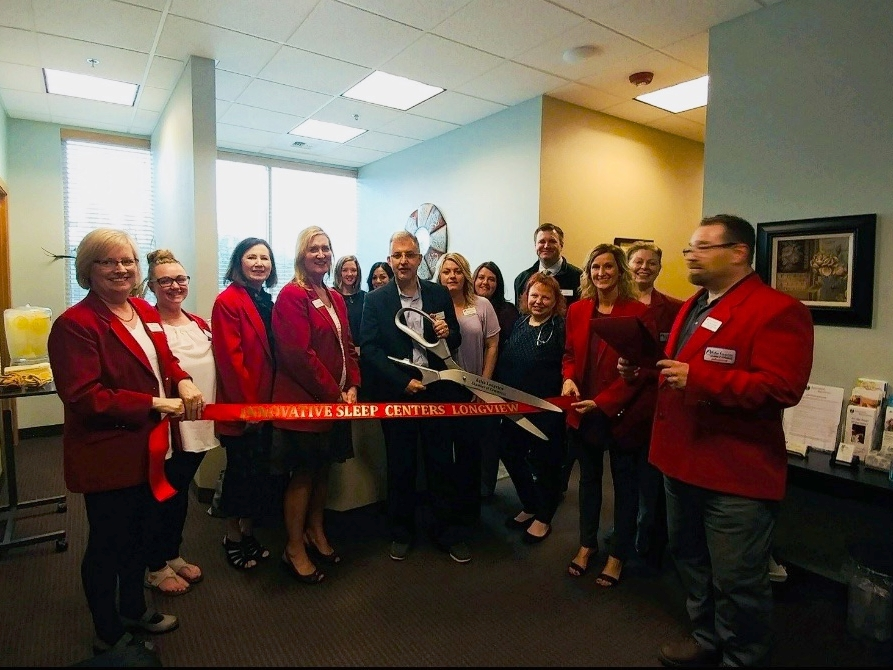 Innovative Sleep Centers Longview celebrates a ribbon cutting with the Kelso-Longview Chamber of Commerce.