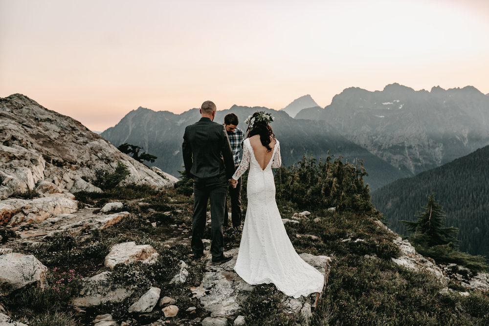ADVENTURE WILDERNESS BACKPACKING WEDDING