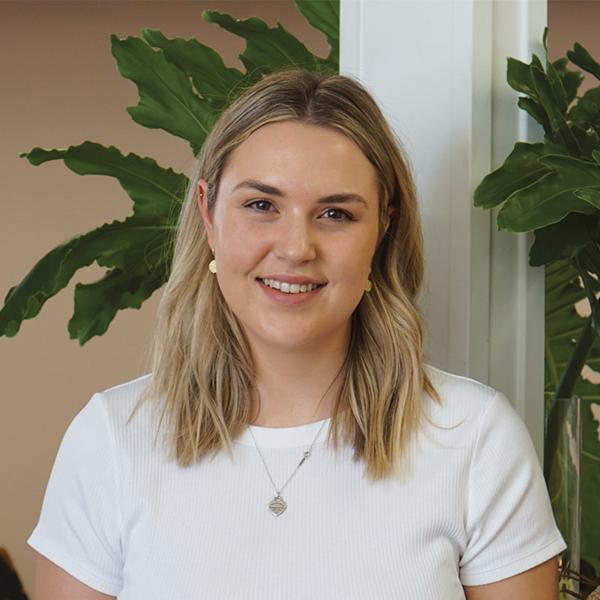 Lauren TomAccount Coordinator -