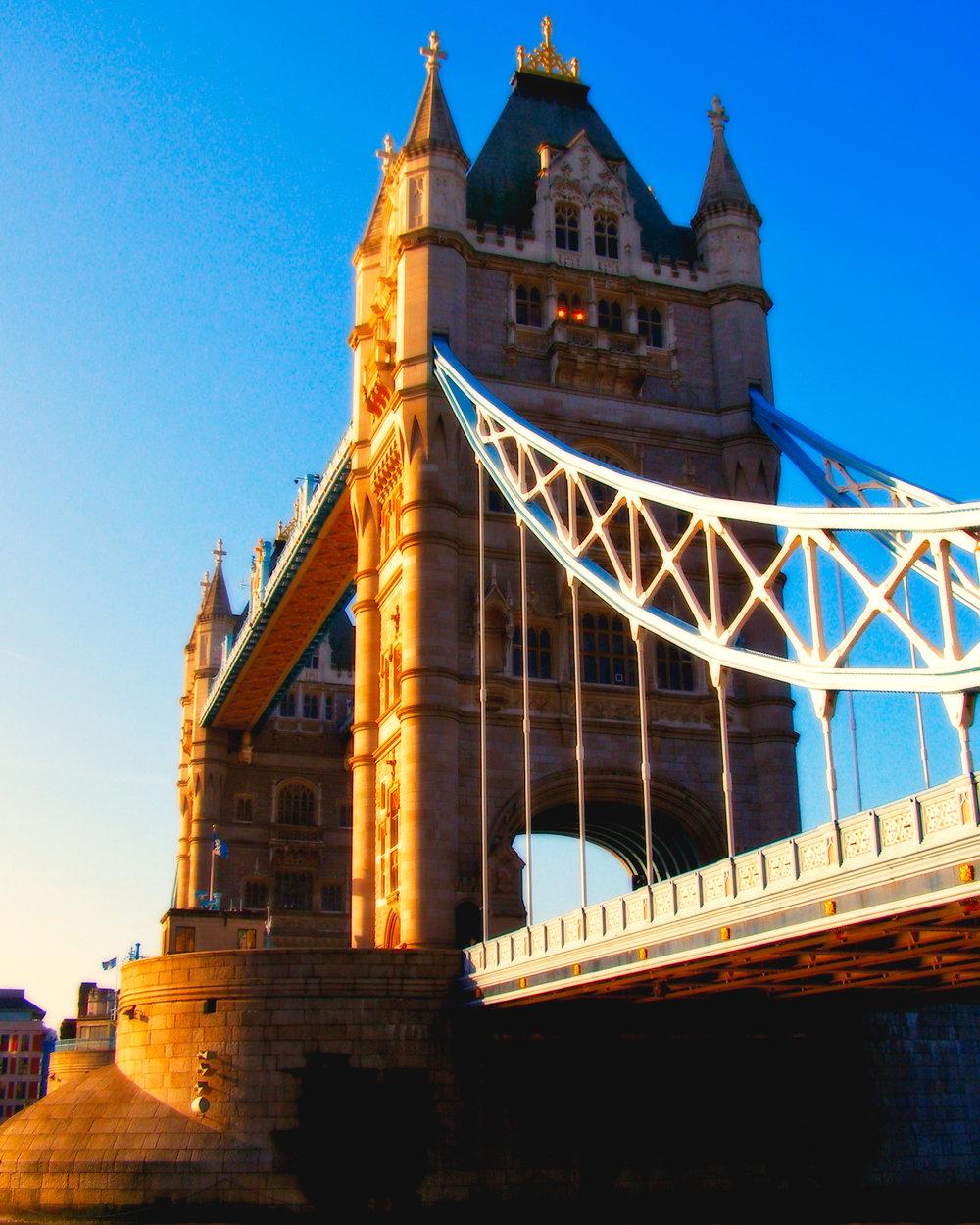 Golden Frost-London Bridge-London-England-wmlamont_aPB010132.jpg