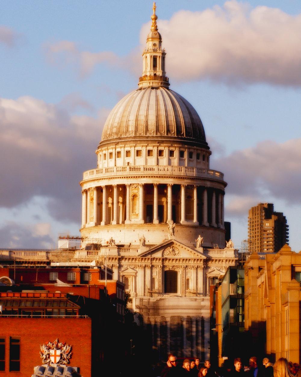 This Cool Building-London-England-wmlamont_5PB020148b.jpg