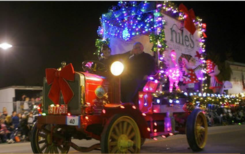 Niles Lights Pic.jpg
