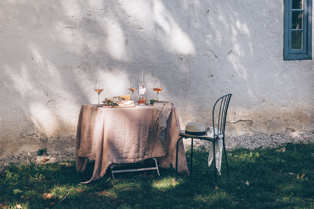 A Food Styling & Photography Retreat in Gotland, Sweden - An Experience Report by Kati of black.white.vivid._35.jpg