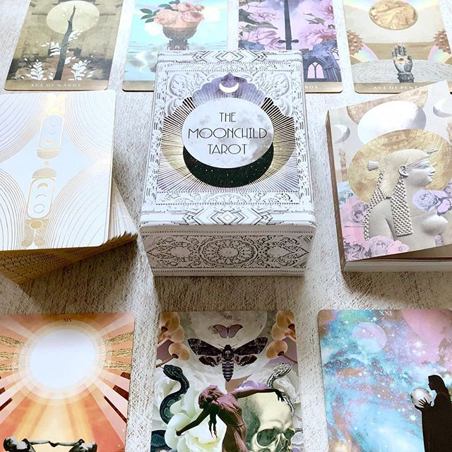 ◉Tarot update: the @moonchildtarot has sold out in shop again! This means that the next edition will arrive shortly, along with some added treats that will be marking a new season! It feels like a lot has shifted and grown over this past year, and I can hardly believe how quickly the time has flown by. I'm so very grateful to be sharing these cards with new readers each week.🌎🌍🌏 . . ◉ We are now opening the window for pre-order sales, however, if you are looking for a shop near you, feel free to check out the international stockist listings on our shop website. 🤗❤️ . ◉ Link through my bio description and themoonchildtarot.com 💗🌸
