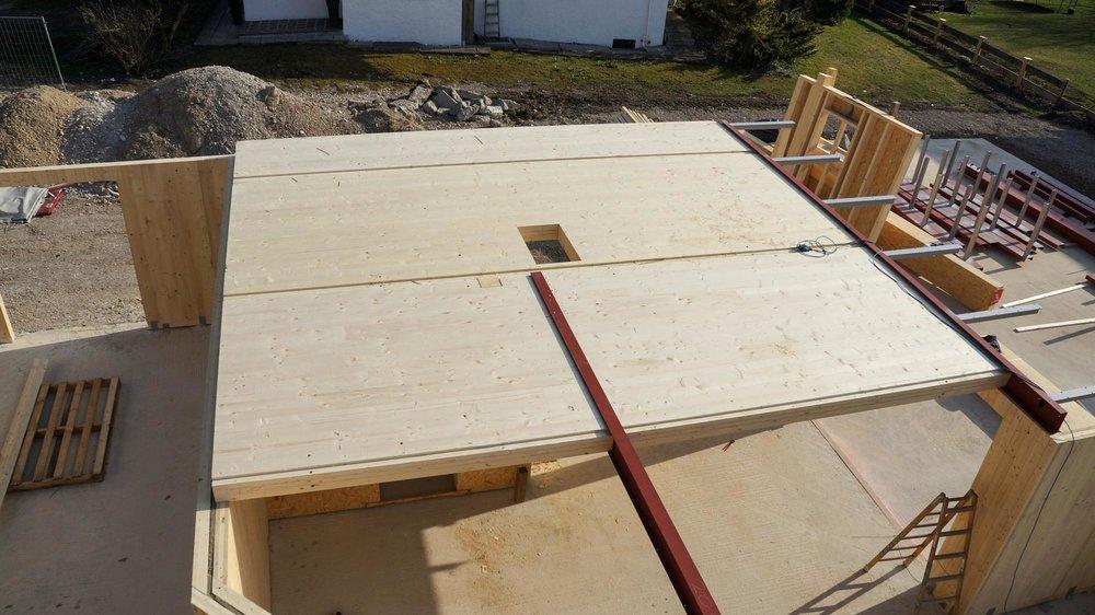 zimmerei-stoib-holzbau-massivholzbau-brettsperrholz-bauablauf-04.jpg