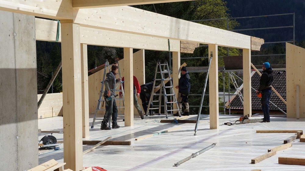 zimmerei-stoib-holzbau-massivholzbau-brettsperrholz-bauablauf-07.jpg