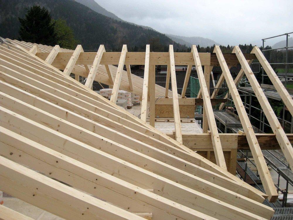 zimmerei-stoib-holzbau-massivholzbau-brettsperrholz-bauablauf-09.jpg