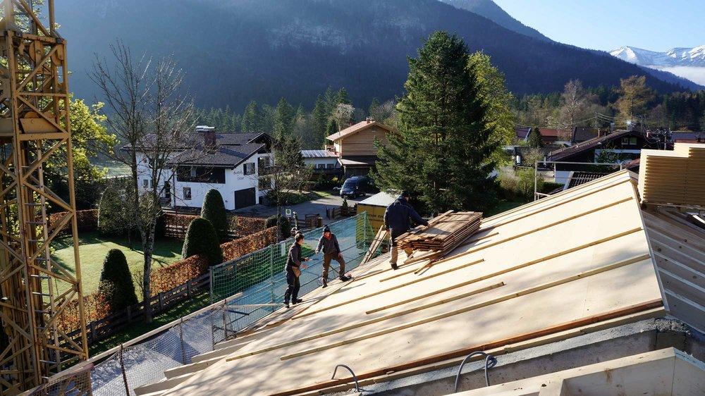 zimmerei-stoib-holzbau-massivholzbau-brettsperrholz-bauablauf-10.jpg