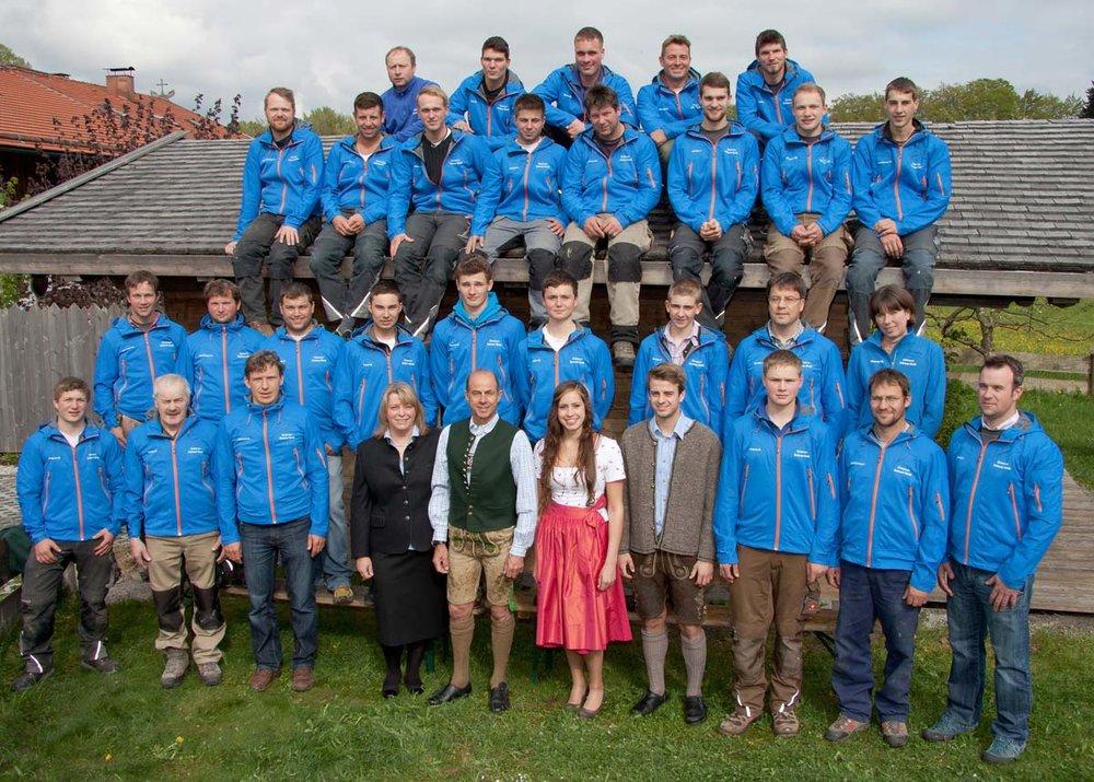 zimmerei-stoib-holzbau-25-jahre-team.jpg
