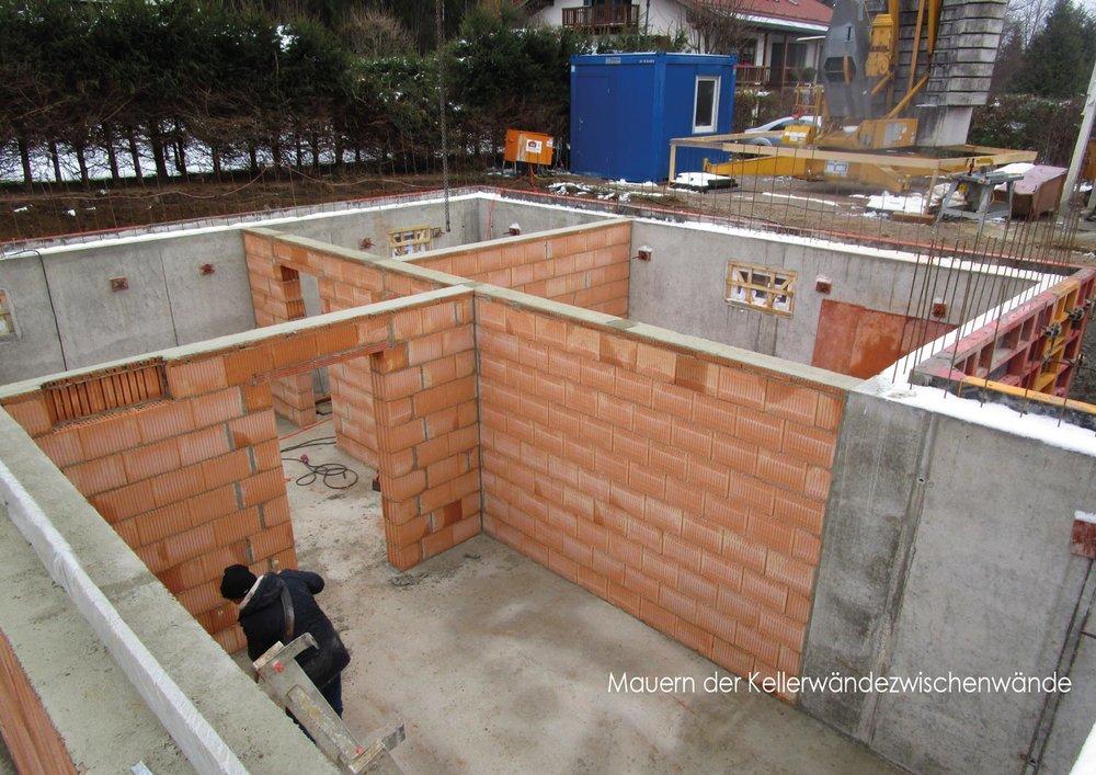 zimmerei-stoib-holzbau-holzhaus-stehende-blockwand-montage-bauablauf-01.jpg