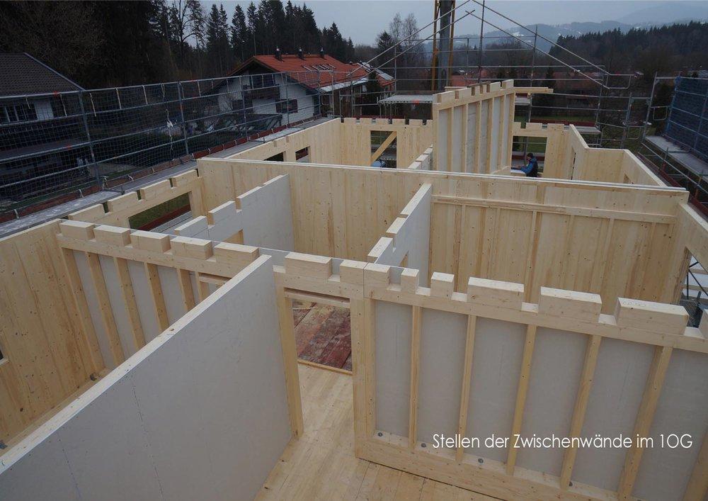 zimmerei-stoib-holzbau-holzhaus-stehende-blockwand-montage-bauablauf-05.jpg