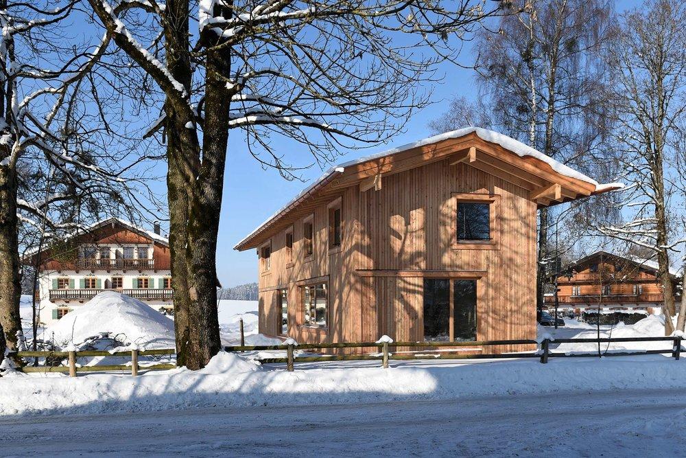 Modernes Holzhaus mit Lärchenfassade