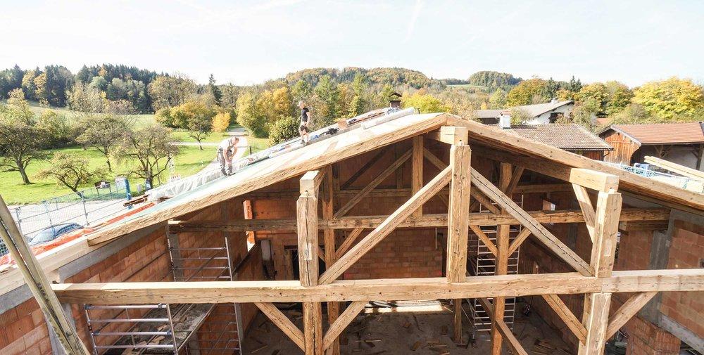zimmerei-stoib-holzbau-holzhaus-altholz-umbau-bauernhof-05.jpg
