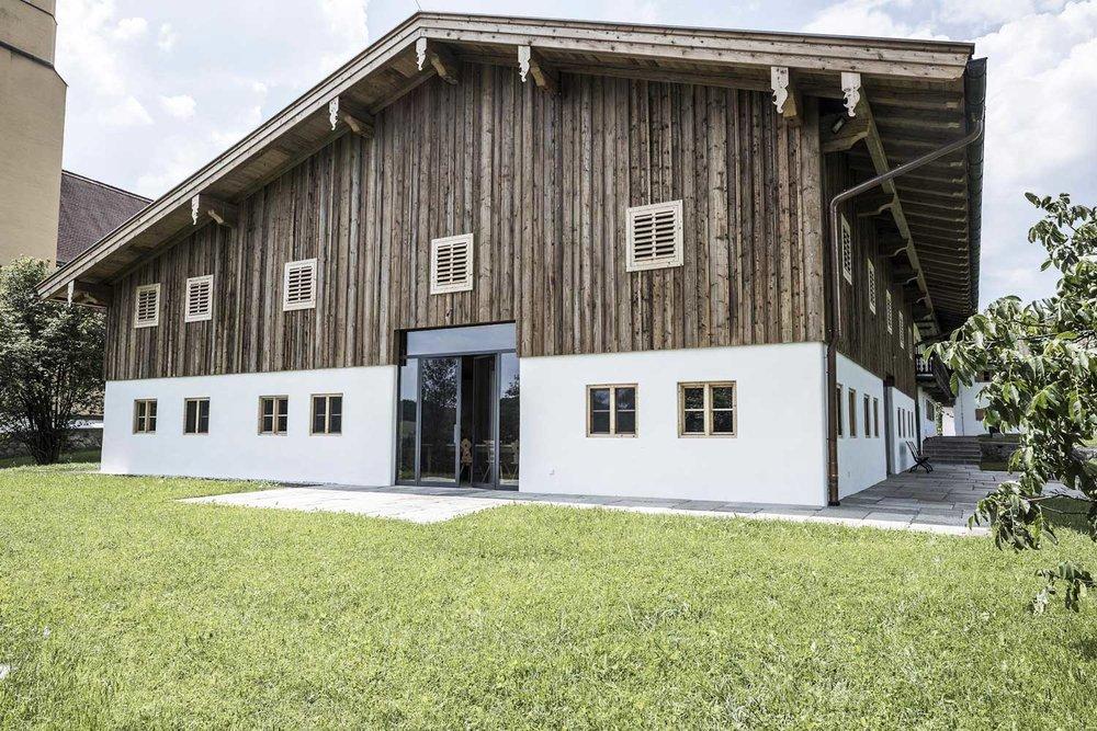 Hof mit festsaal - Sanierung - 2018 | Landkreis Miesbach