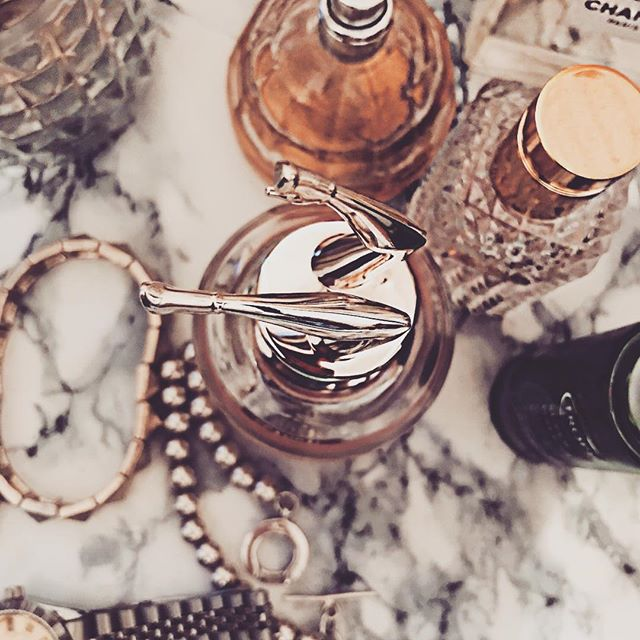 On my dresser... ✨  #stylebyobk #beautygram #instabeauty #scandal #jpgaultier #details #valentino #fwis #beautybyobk @evolution_phase for fitness and nutrition!