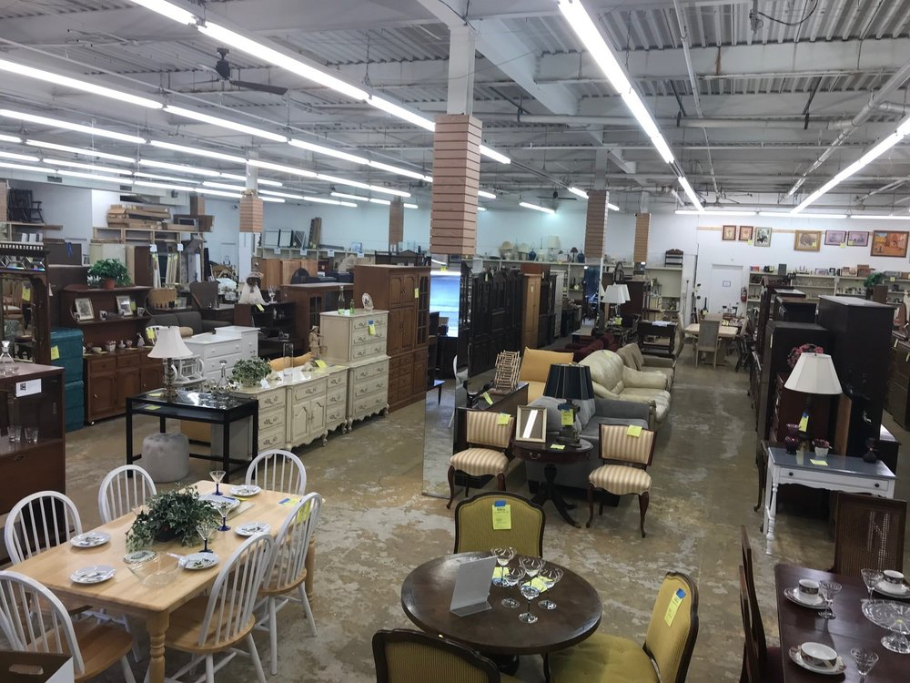 GETTING RID OF NEW AND GENTLY USED ITEMS?   DONATE THEM TO OUR RESTORE.     Donate