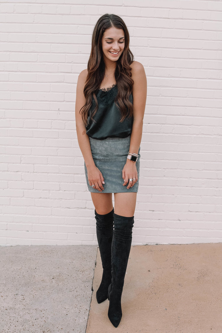 d6fd711ae ... having a great week, my sweet friends! Today I wanted to talk about  another fall favorite and a must-have for the upcoming season. Over the knee  boots ...