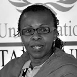 Valerie Msoka  est la directrice exécutive de l'Organisation tanzanienne des femmes des médias en Tanzanie.