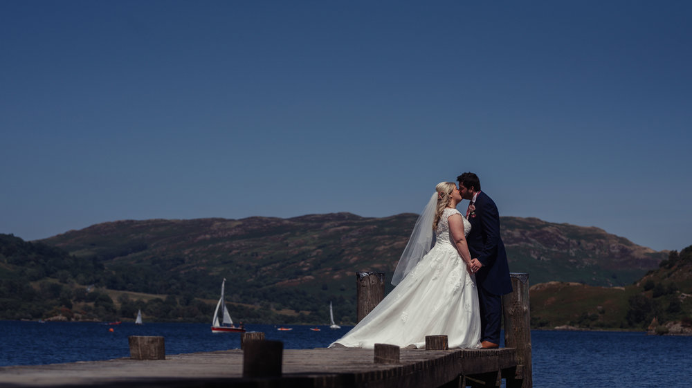 Lake district wedding photography at the inn on the lake