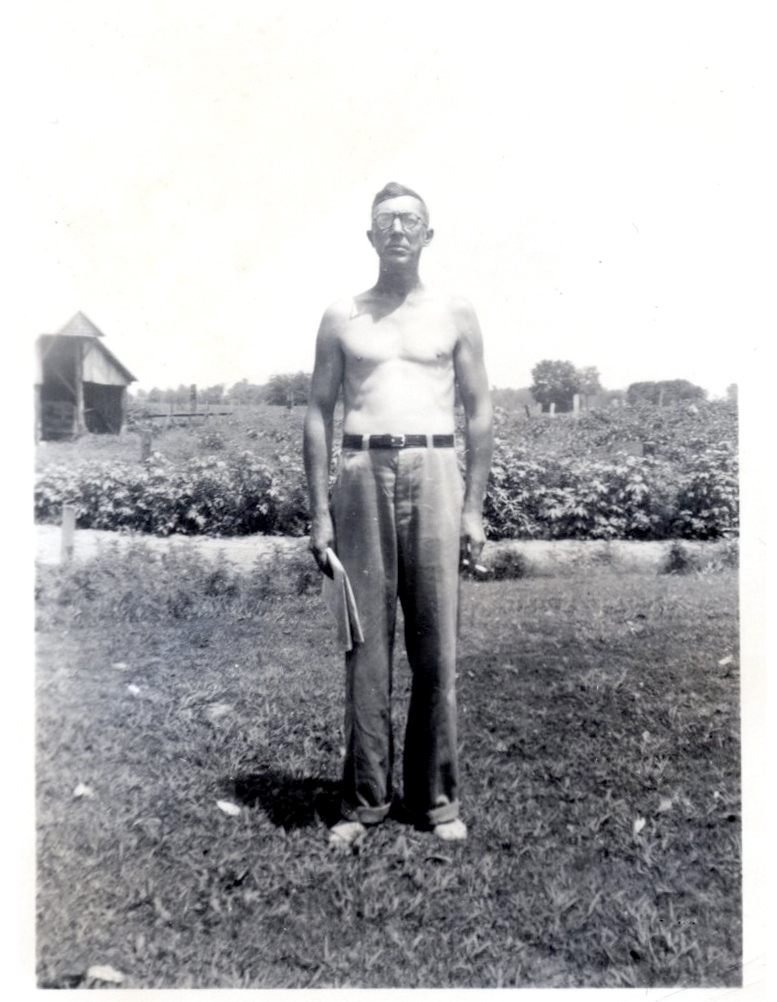 """""""Pa"""" Taylor •   circa 1945"""