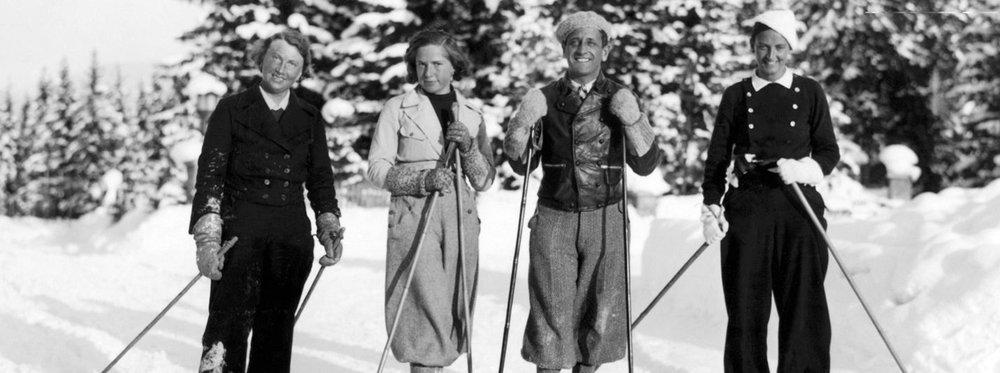 skiing_W.jpg