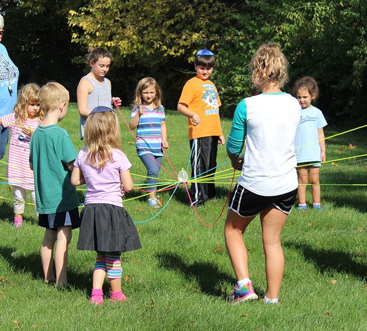 kids balancing balloon_IMG_0847.JPG