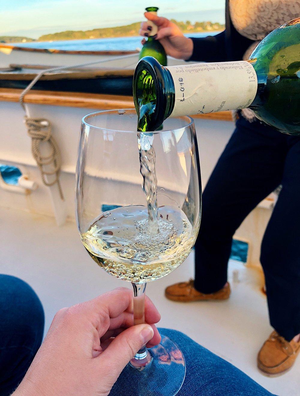 wine-wine-portland-maine-sail-white-pour.jpg