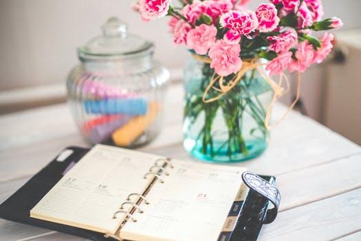 calendar flowers-desk-office-vintage.jpg