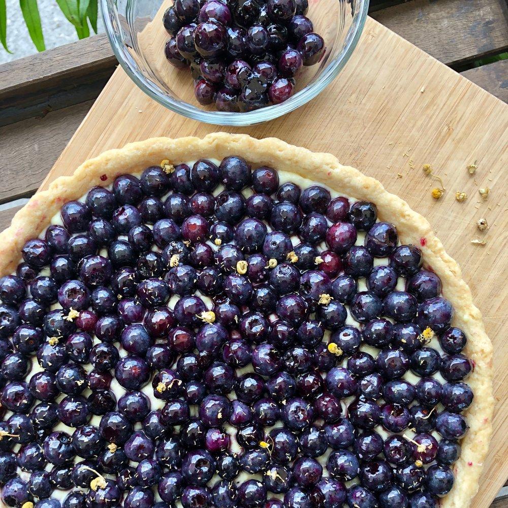 chamomile-blueberry-tart.jpg