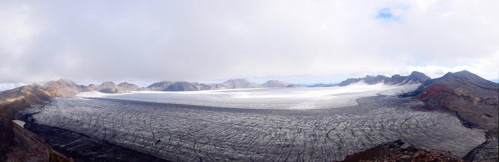 Adventure Travel Volcano Nevados Sollipulli with Samadhi Eco Resort Chle