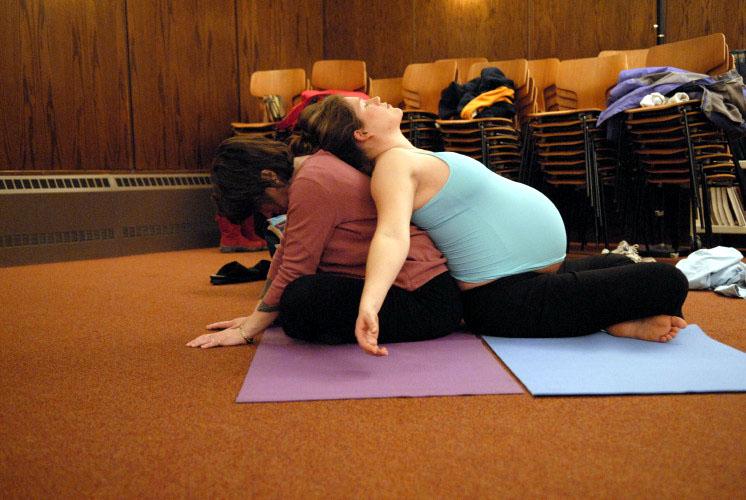 Stacy yoga class  72jolyn's.jpg